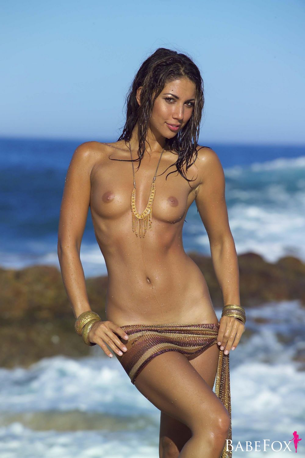 leilani dowding topless strand