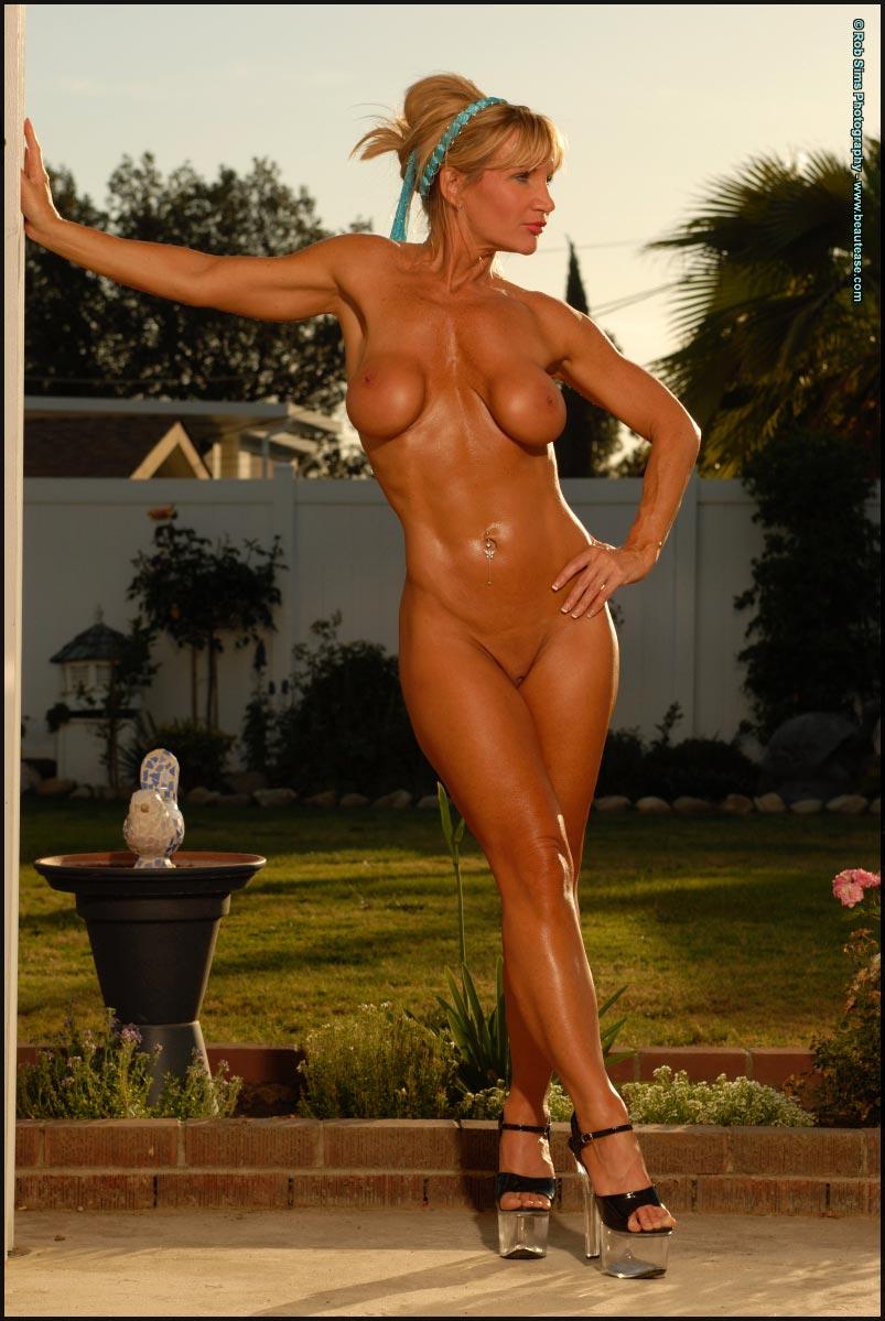 Redhead mommy got boobs models